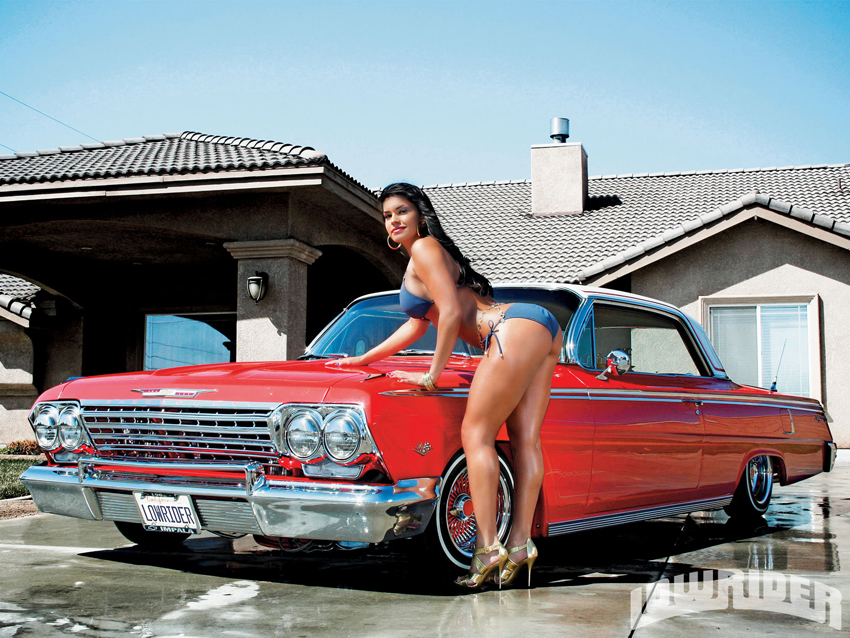  Hottie Wheels: eGarage+Shay Maria