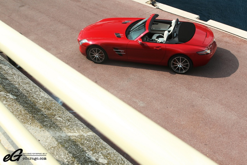 Raphael Belly eGarage Mercedes Benz SLS Roadster